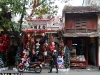 2012_12_hanoi_aq_old_house_christmas_chua_waibel